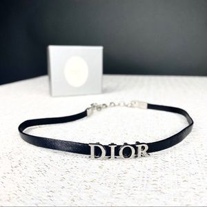 DIOR Black Leather Spell put Logo Choker Silver